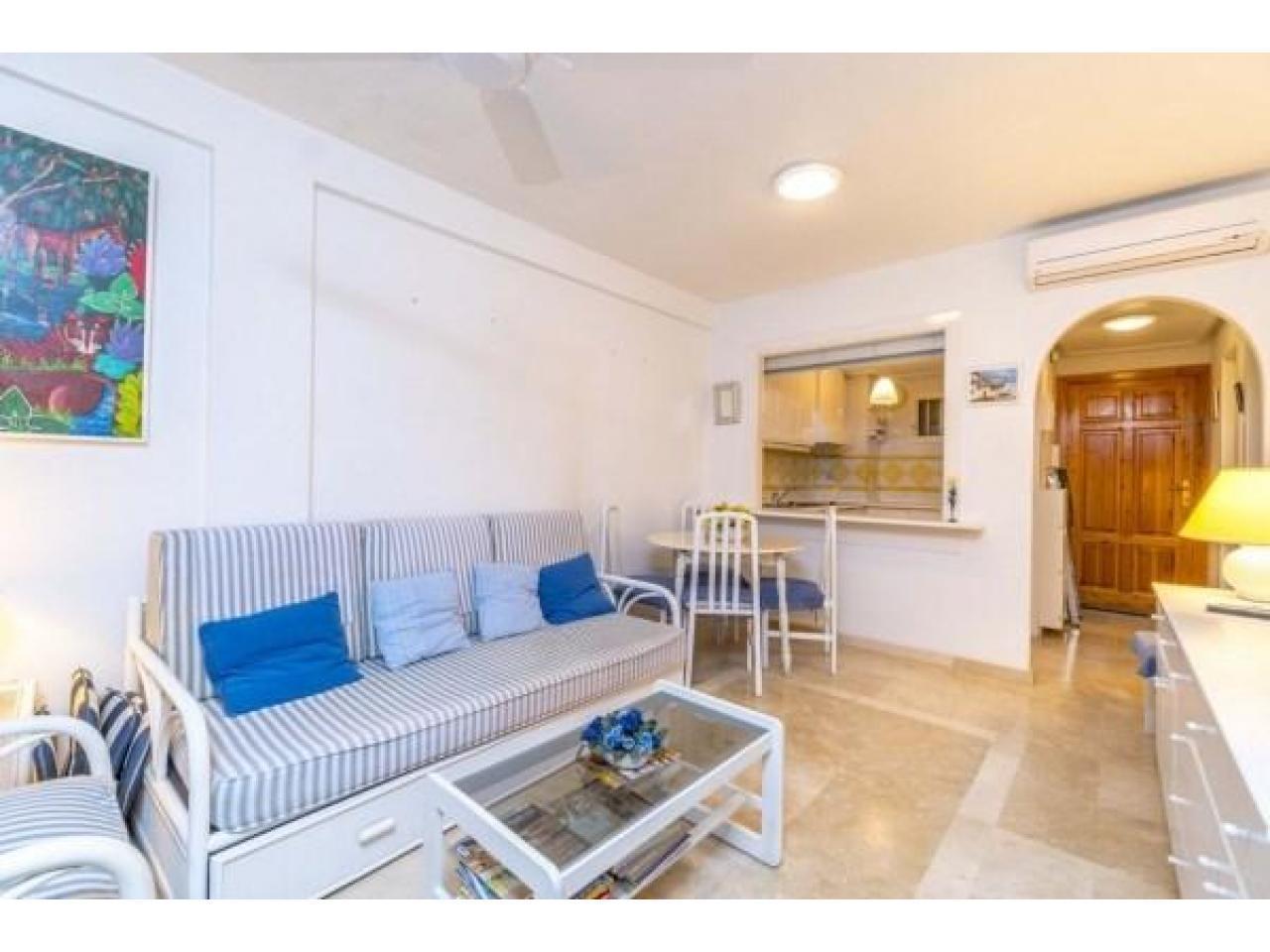 Недвижимость в Испании, Квартира с видами на море в Кампоамор,Коста Бланка,Испания - 2