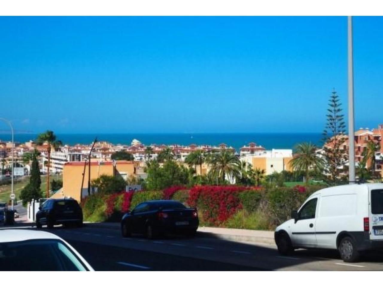 Недвижимость в Испании, Квартира c видами на море в Торревьеха,Коста Бланка,Испания - 1