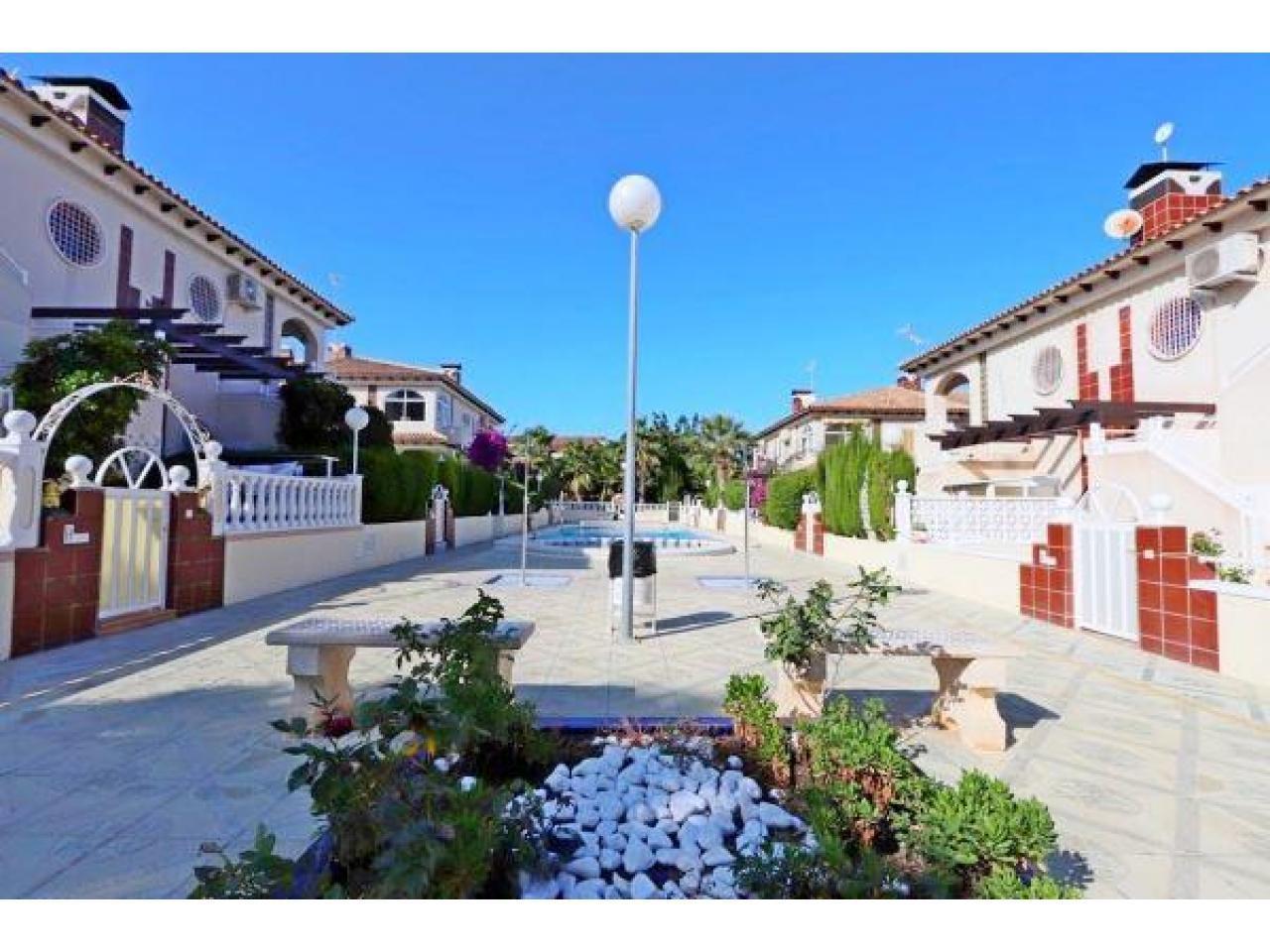 Недвижимость в Испании, Бунгало в Торревьеха,Коста Бланка,Испания - 4