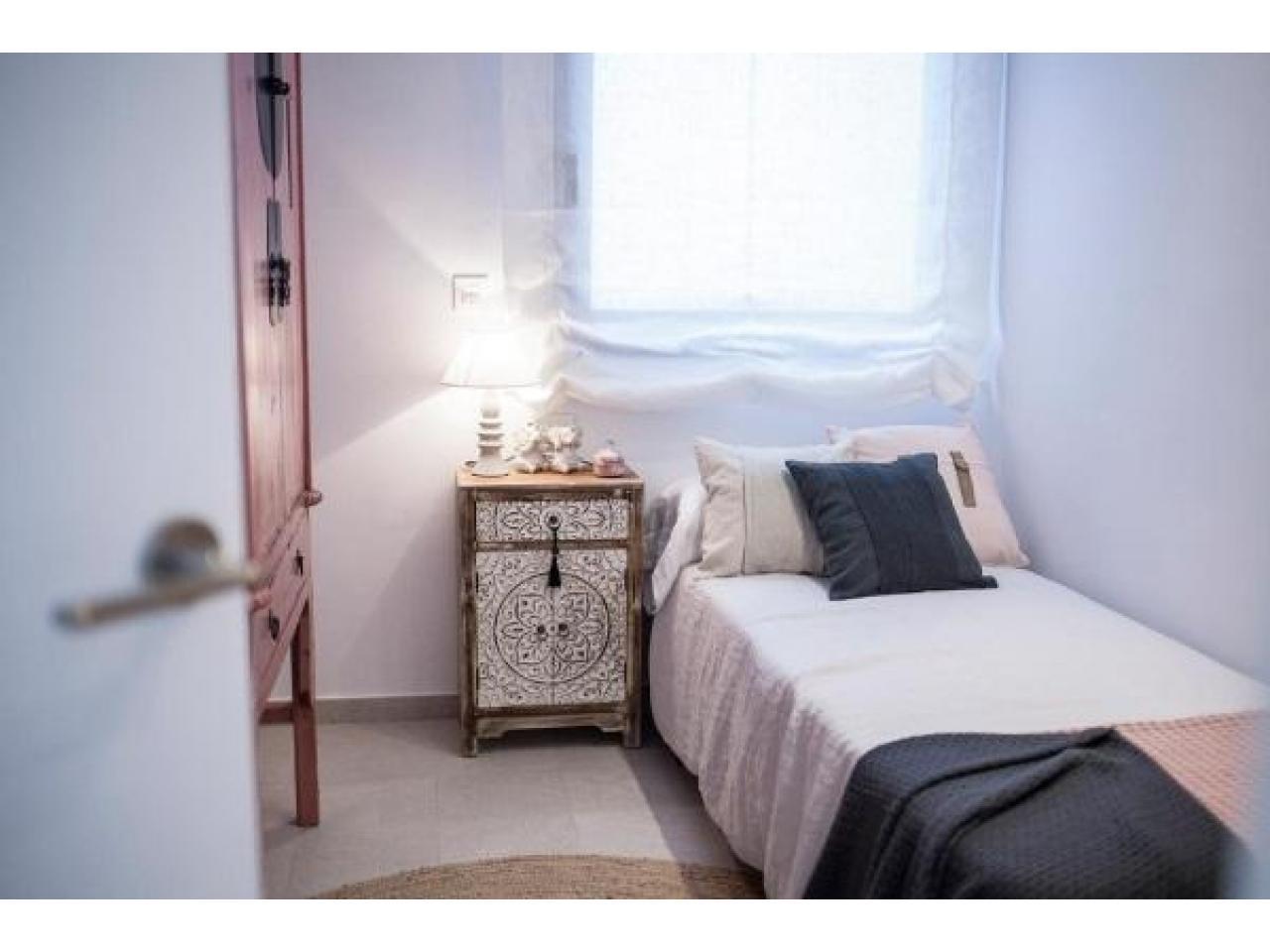 Недвижимость в Испании, Новые бунгало рядом с пляжем от застройщика в Торре де ла Орадада - 8