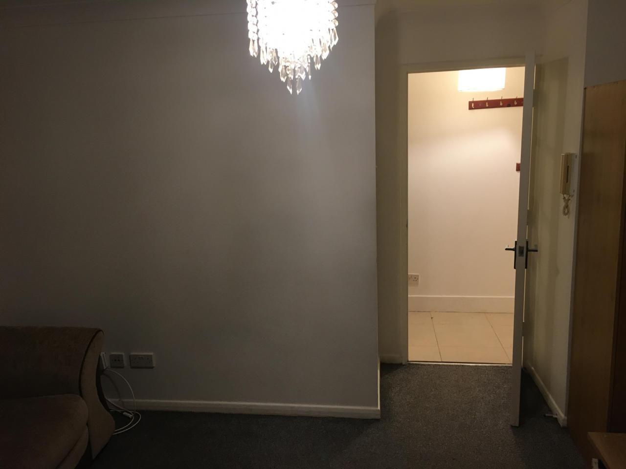 Сдаётся однокомнатная квартира на Западе Лондона £800 в месяц - 6